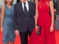 Il regista Alexander Sokurov con la sua portavoce Alena Shumakova l'attrice Ekaterina Mtsituridze e un'ospite sul red carpet della 72. Mostra Cinematografica Internazionale di Venezia. Foto Octavian Micleusanu