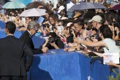 73esima Mostra Internazionale del Cinema di Venezia. Il regista Wim Wenders incontra il pubblico del red carpet - credits Octavian Micleusanu